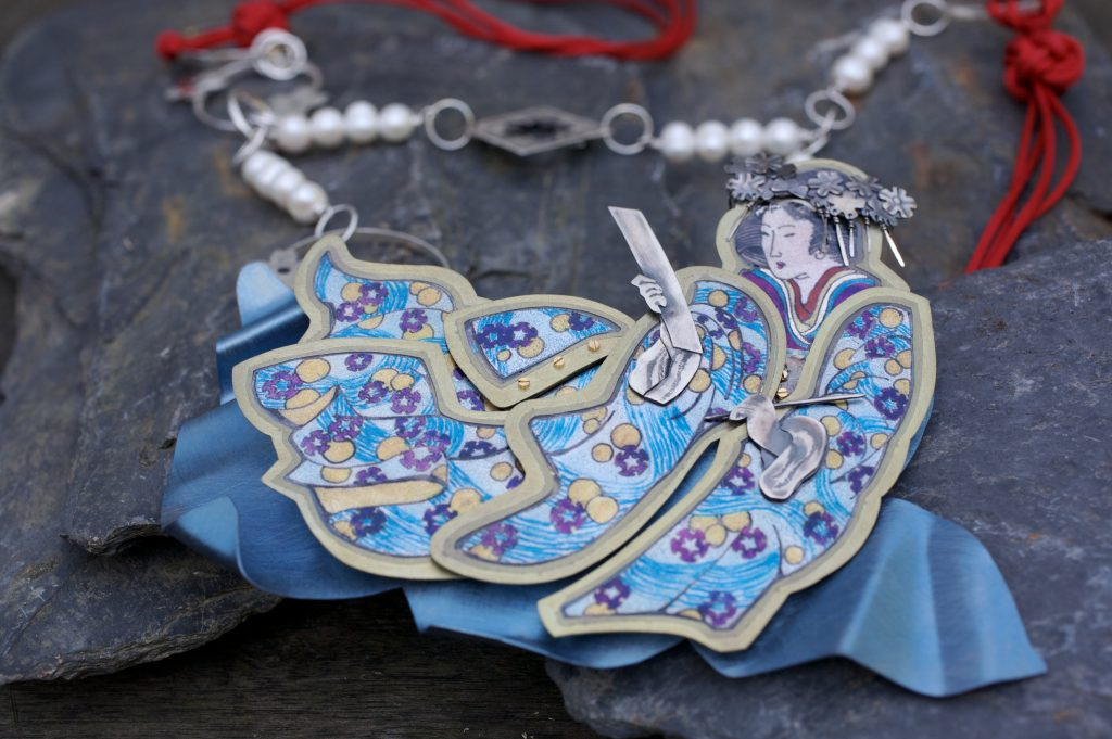 The Flowing Kimono Necklace