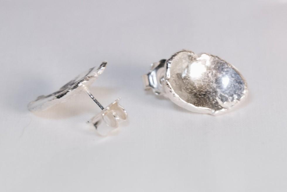 Shiny Stud Earrings Silver