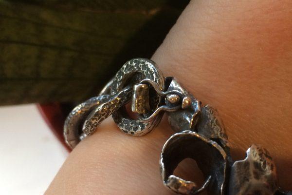 Silver Curb Chain Bracelet clasp detail image