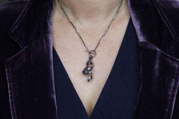 Silver T-bar Twist Necklace